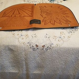 Large  Leather carved  Vintage golf club cover